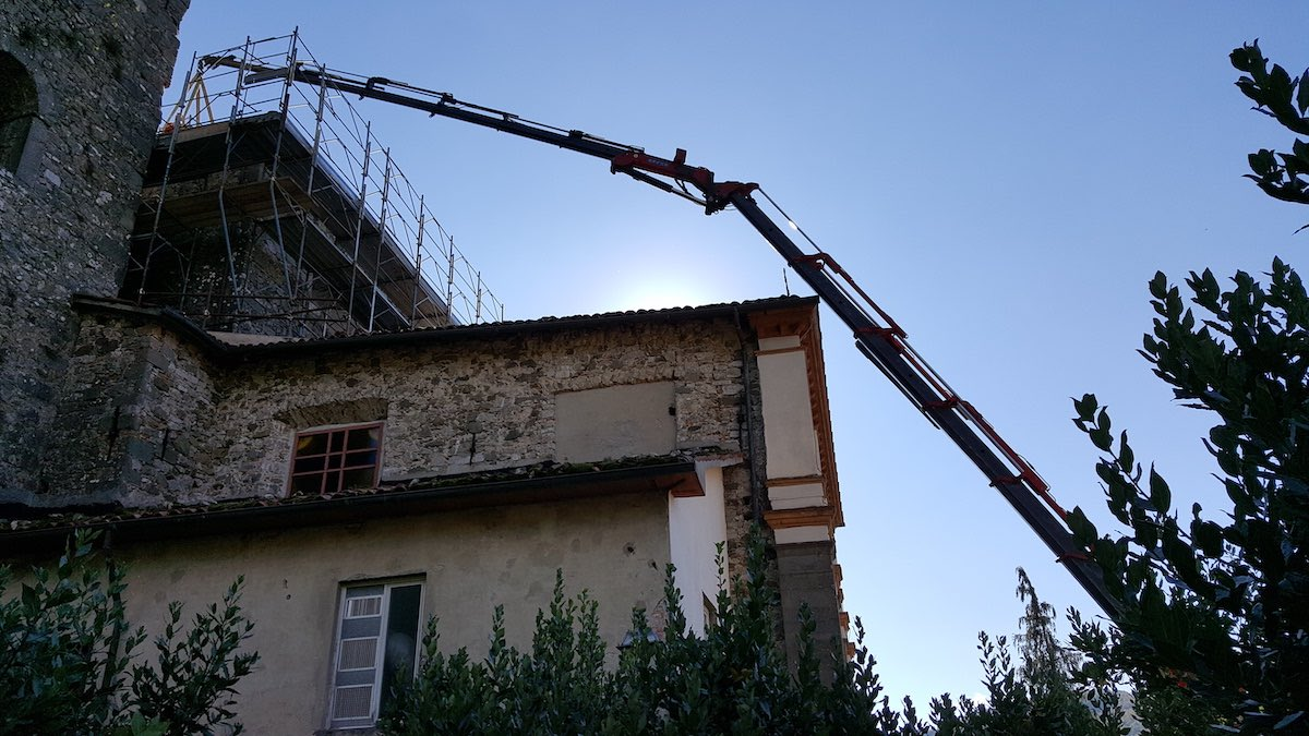 """<span  class=""""uc_style_uc_tiles_grid_image_elementor_uc_items_attribute_title"""" style=""""color:#ffffff;"""">CANTIERE CHIESA DI MIGLIANO - FOSCIANDORA (2)</span>"""