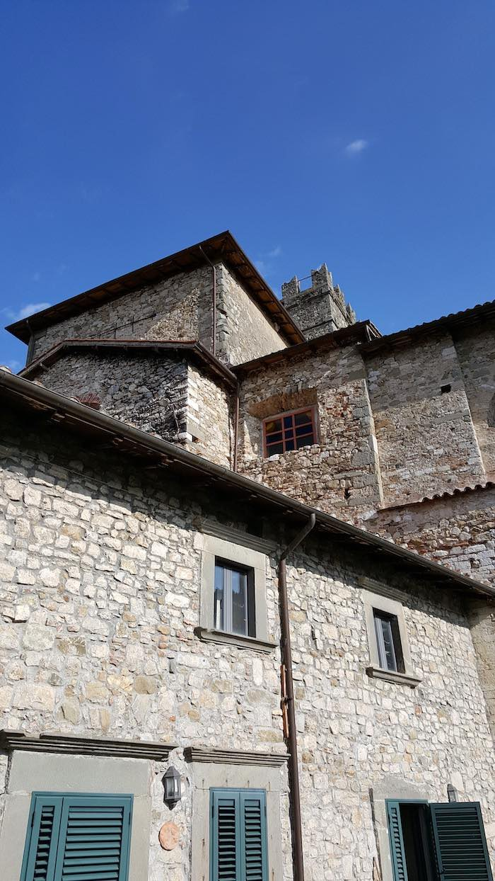 """<span  class=""""uc_style_uc_tiles_grid_image_elementor_uc_items_attribute_title"""" style=""""color:#ffffff;"""">CANTIERE CHIESA DI MIGLIANO - FOSCIANDORA (9)</span>"""