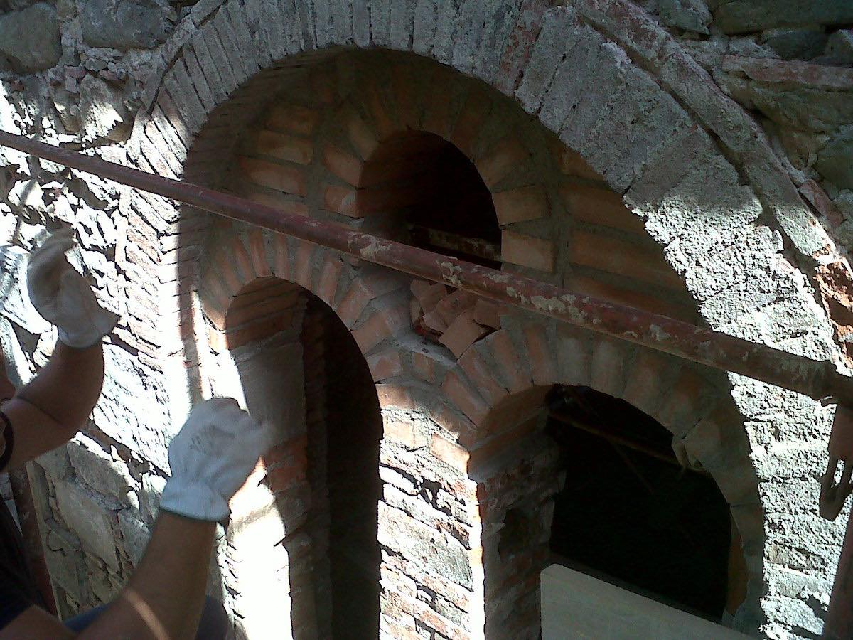 """<span  class=""""uc_style_uc_tiles_grid_image_elementor_uc_items_attribute_title"""" style=""""color:#ffffff;"""">CANTIERE CHIESA DI SAN MARTINO – BAGNI DI LUCCA (LU) (2)</span>"""