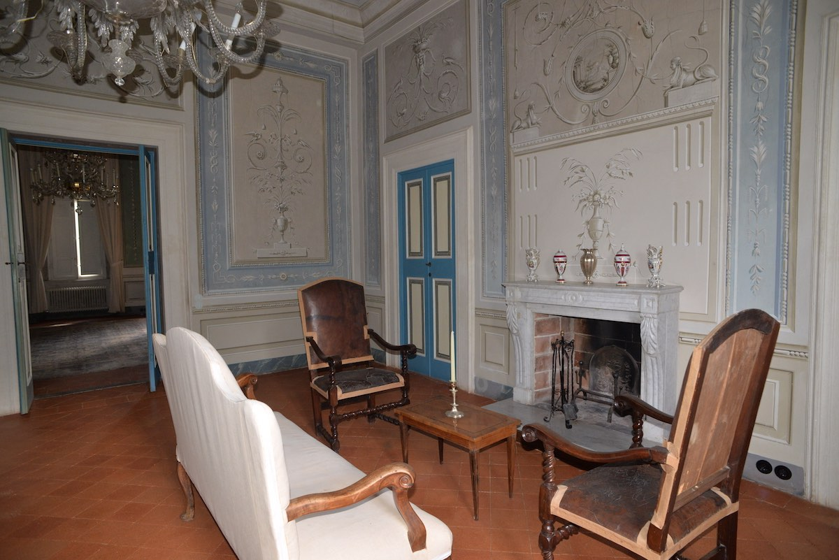 """<span  class=""""uc_style_uc_tiles_grid_image_elementor_uc_items_attribute_title"""" style=""""color:#ffffff;"""">CANTIERE IN LOC. SAN PANCRAZIO - LUCCA (1)</span>"""