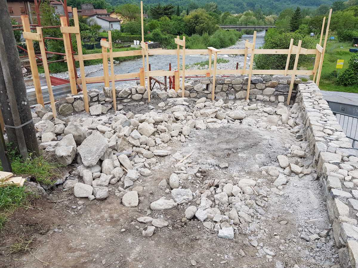 """<span  class=""""uc_style_uc_tiles_grid_image_elementor_uc_items_attribute_title"""" style=""""color:#ffffff;"""">CANTIERE PONTE CODIPONTE – CASOLA IN LUNIGIANA (MS) (5)</span>"""