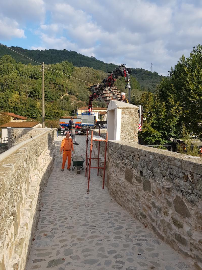 """<span  class=""""uc_style_uc_tiles_grid_image_elementor_uc_items_attribute_title"""" style=""""color:#ffffff;"""">CANTIERE PONTE CODIPONTE – CASOLA IN LUNIGIANA (MS) (8)</span>"""